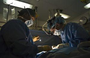 Operácia kĺbov